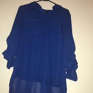 3/4 sleeve button up blue blouse, new condition